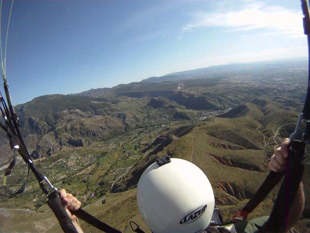 Полет на параплане над горами Сьерра-Невада, Испания