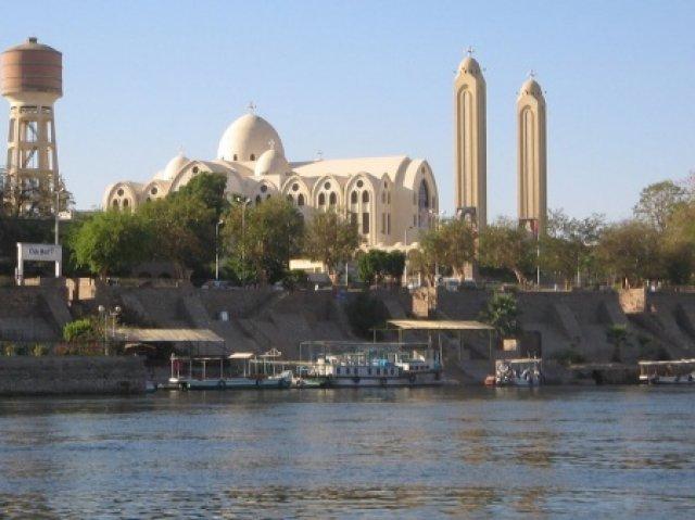 Коптская (христианская) церковь в Асуане, Египет