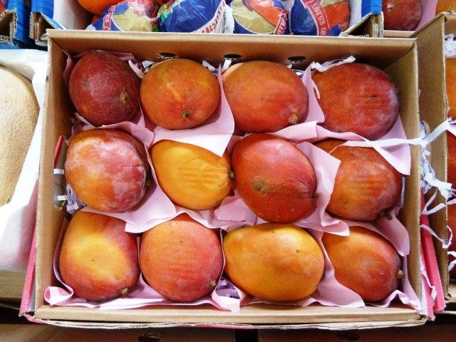 Таких манго я нигде не ел.