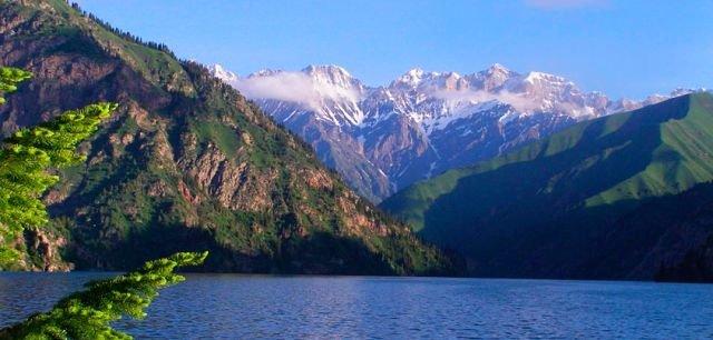 озеро Сары Челек