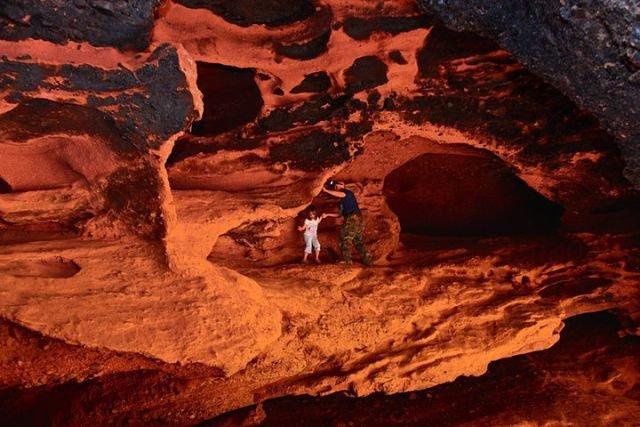пещеры в ущелье Жууку