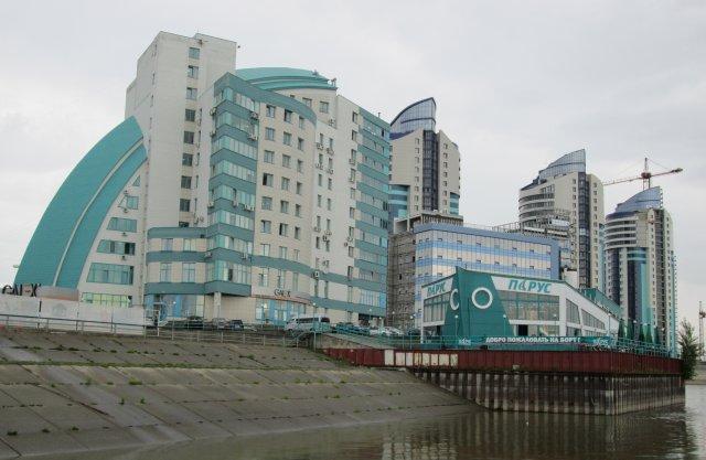 Город Барнаул является административным центром Алтайского края