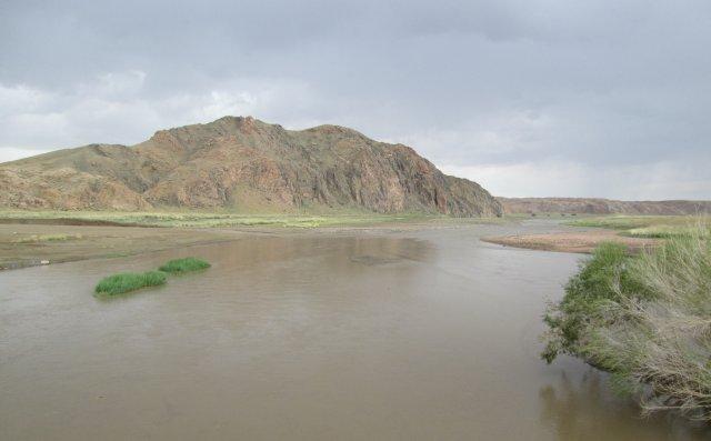 Река Байдраг, сфотографированная с моста через нее
