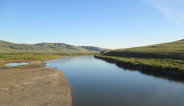 Священная для местного населения река Онон
