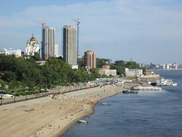 Пляж на реке Амур в Хабаровске