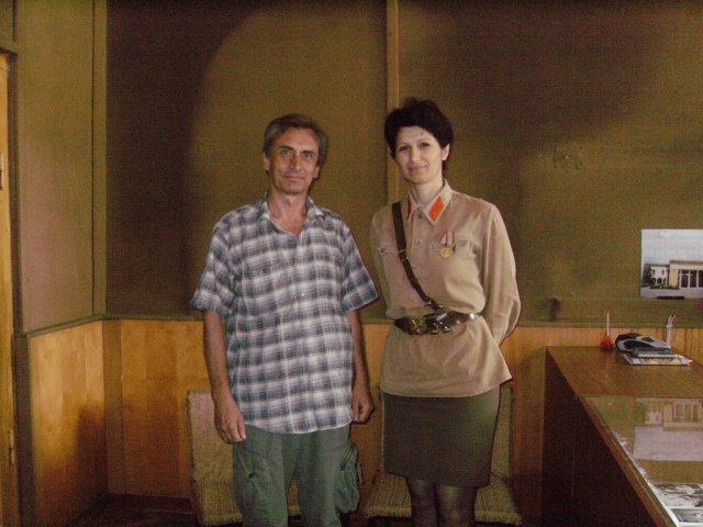 Автор с грузинкой в гимнастёрке героя войны