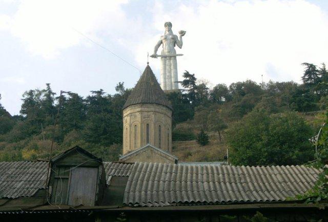 """Памятник """"Мать Грузия"""""""