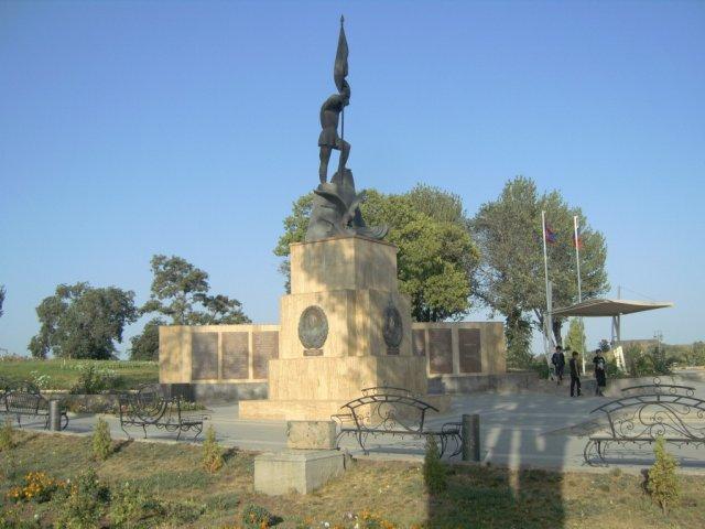 Мемориальный комплекс в память русским солдатам, павшим за освобождение Армении от турецкого рабства, город Гюмри