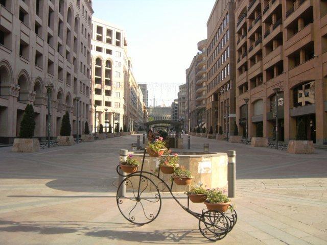 Пешеходная зона в центре Еревана