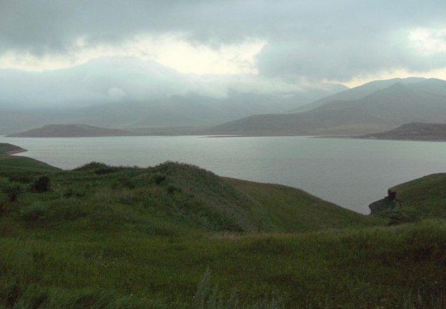 Водохранилище Спандарян с ГЭС, входящее в каскад Воротан