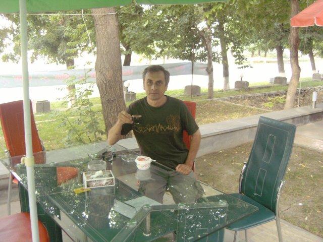 Чашка крепкого армянского кофе