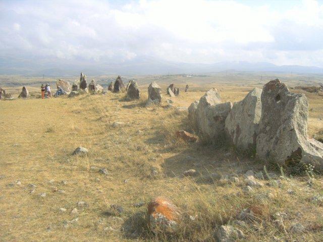 """Зорац Карер (называют еще Карахундж, что в переводе означает """"говорящие камни"""")"""
