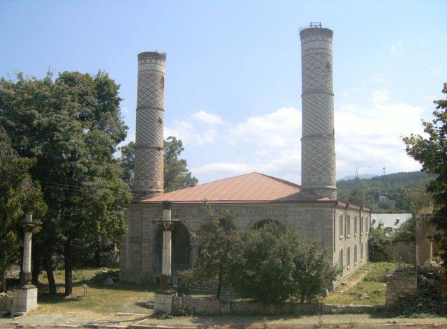 Центральная мечеть в Шуши (Шуша на азербайджанском языке)