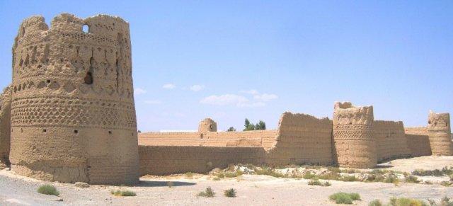 Крепость в городе Абарку