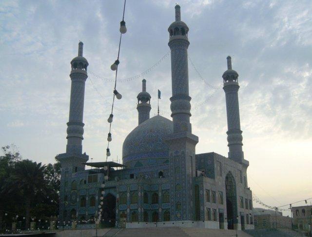 Новая мечеть имеет внушительные размеры