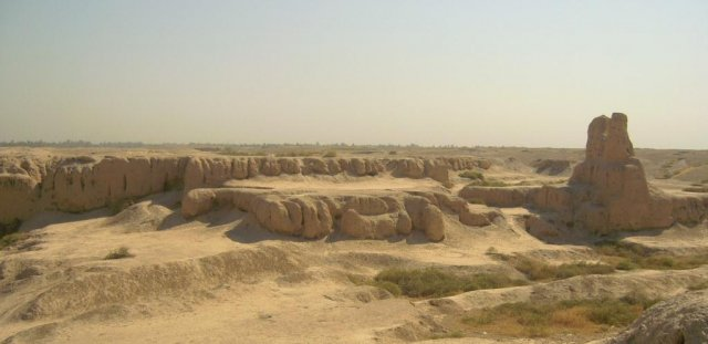 Вот что осталось от древнего города Сузы, где здания были построены из глины и сырцового кирпича