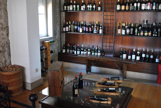 В музее этого винного производства в городе Ковилья.