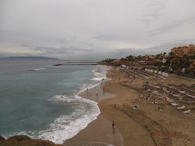 Пляж Дель Дюке с жёлтым песком