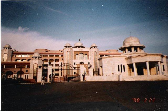 В Исламабаде
