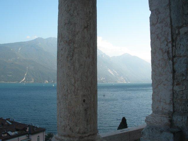 Вид на Озеро с башни Аппонале