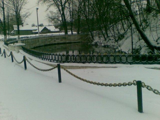 Старое оформление криницы. Зима