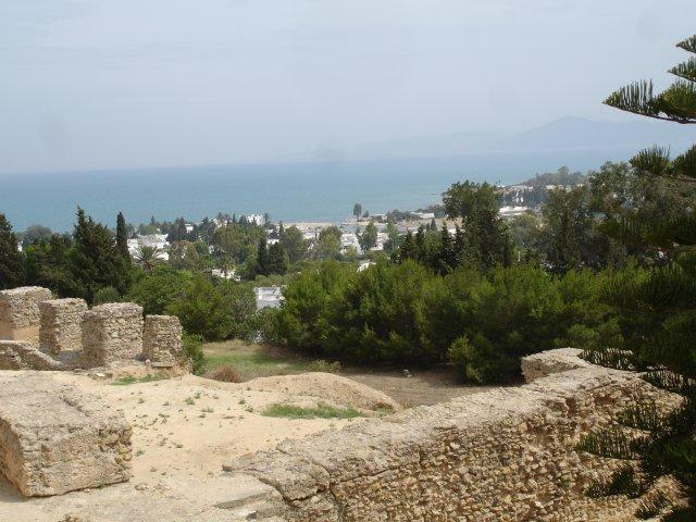 Руины пунических домов на холме Бирса