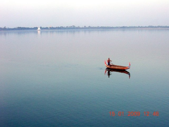 На закате, Мьянма