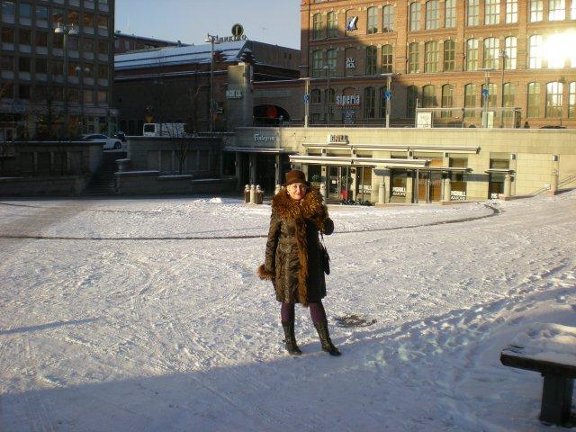 Мороз и солнце - день чудесный! на центральной площади Тампере