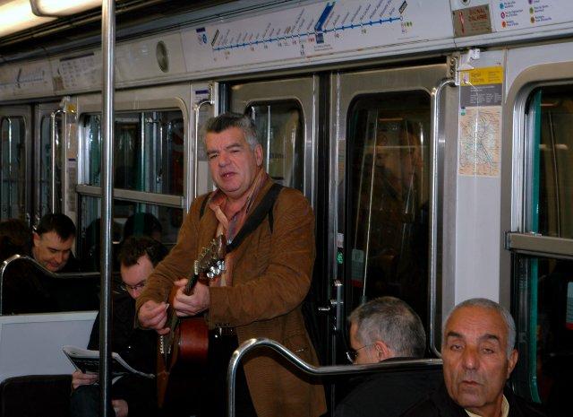 Песня про Париж.