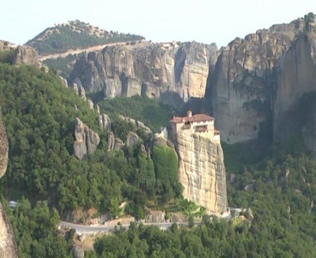 На скале монастырь