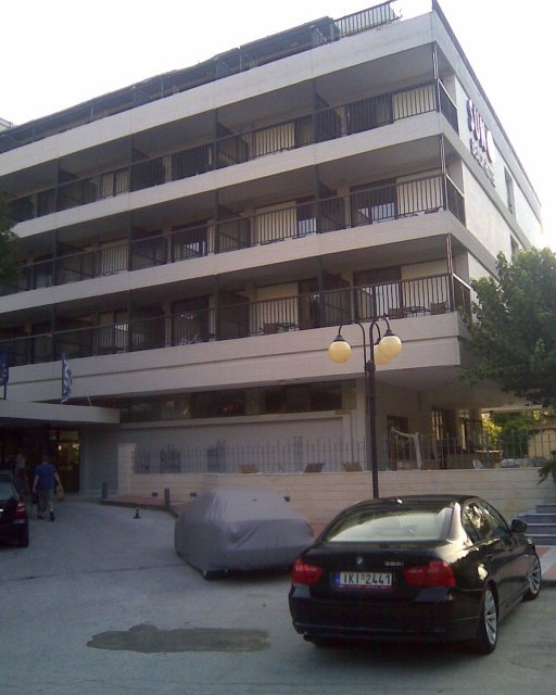 San Beach Hotel