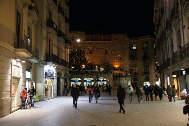 На улице Портал Ангелов, Барселона