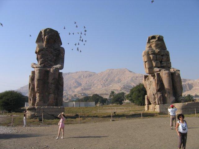 Колоссы Мемнона, Египет