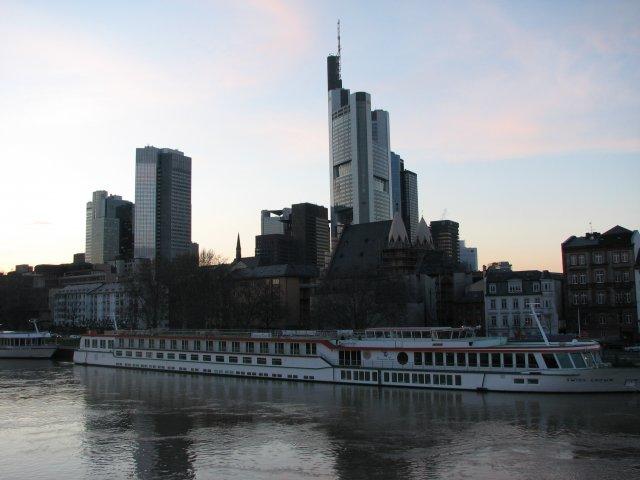 Вид на центр города со стороны реки, Франкфурт-на-Майне
