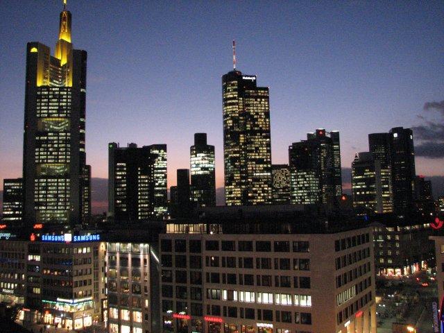 Ночной вид на небоскребы, Франкфурт-на-Майне