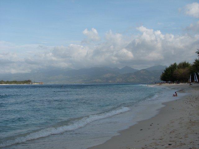 Пляж Джили Траванган, Индонезия