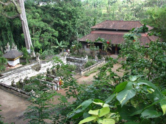 Храм в джунглях, Бали
