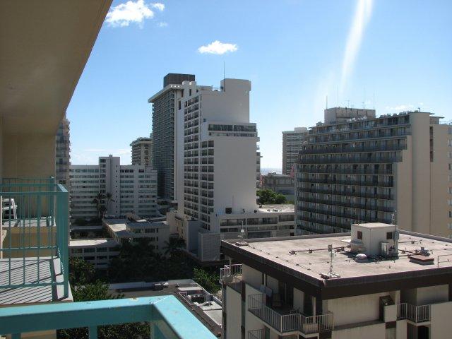 Вид из номера отеля Aqua Aloha Surf & Spa hotel 3*, Оаху