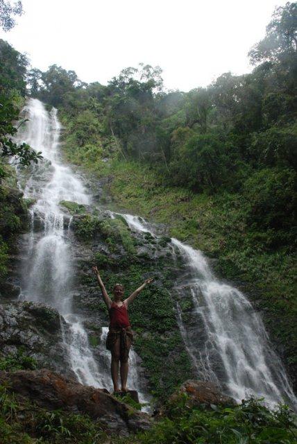 Водопад на Борнео, Малайзия