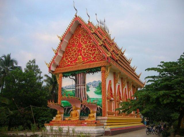 Wat Si Suman, Ванг Вьенг