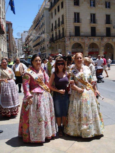 Испанки в национальной одежде и я, Аликанте