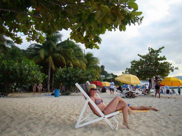 пляж Докторс-Кейв