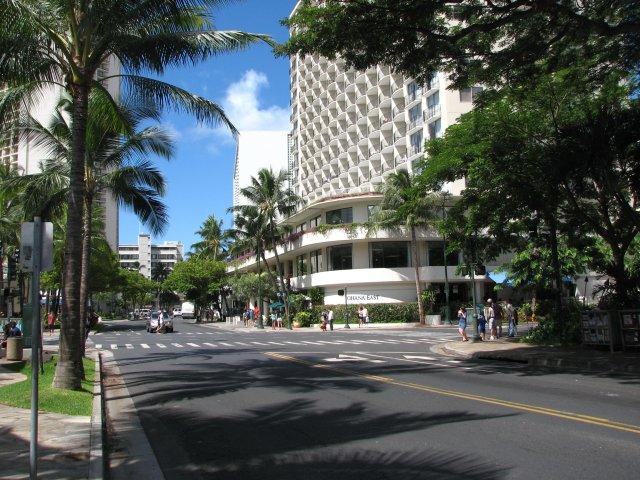На улицах Вайкики, Оаху, Гавайи