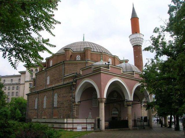Мечеть Баня-Банши
