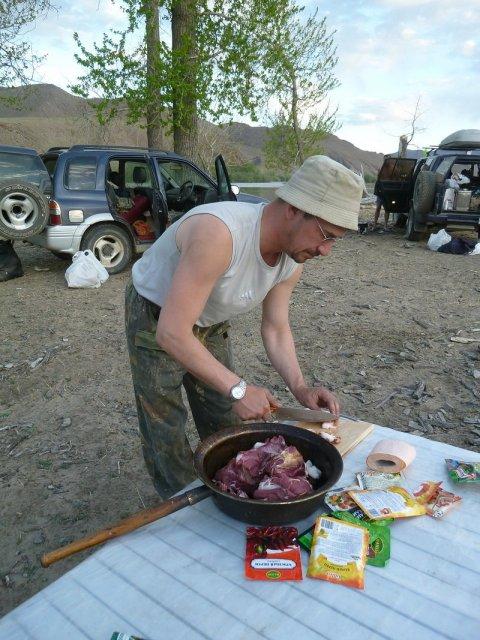 Ужин на реке Селенгэ, Монголия