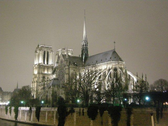 Нотр Дам, Париж