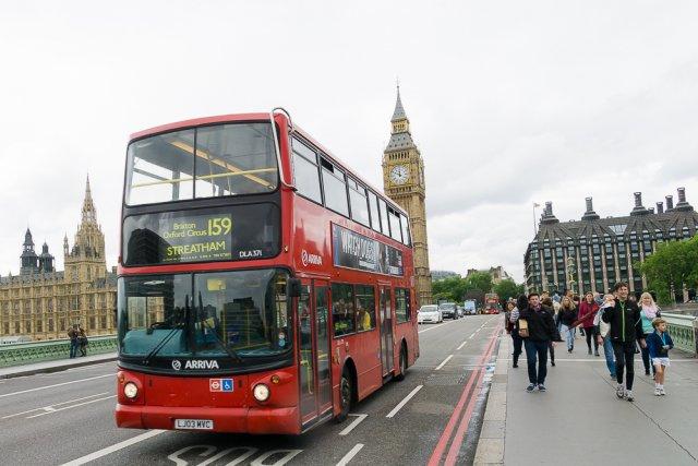 Красный двухэтажный автобус, Лондон