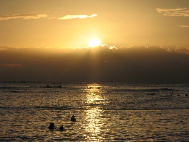 Гавайский закат, Вайкики