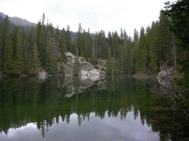 Змеиное озеро, Черногория