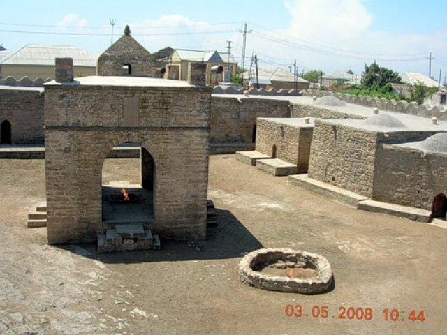 Храм огня Атешгях, Баку, Азербайджан